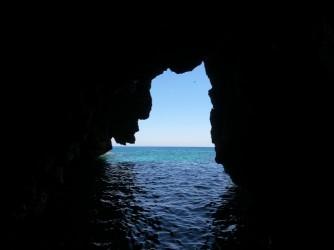 Ruta SUP Cova Tallada - Ruta SUP Cova Tallada - Cueva de camino al Cap de Sant Antoni.