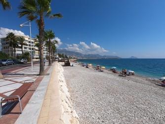 Playa Cap Blanch - Playa Cap Blanch - Vistas del paseo que tiene continuidad hasta El Albir.