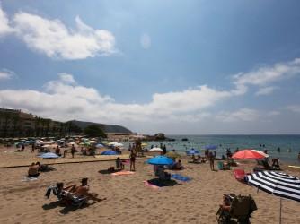 Playa de la Ampolla - Playa de la Ampolla - Vistas desde la playa.