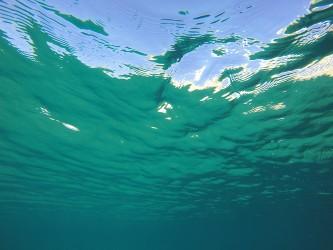 Playa del Torres - Playa del Torres - Vista del límite del agua desde el fondo