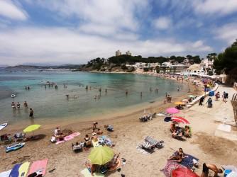 Playa del Portet - Playa del Portet - Vistas de la playa desde la zona este. Arena y paseo marítimo.