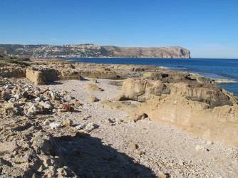 Playa Benissero o Muntanyar - Playa Benissero o Muntanyar - Zona rocosa con antiguas cantera íbero romana.