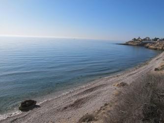 Playa del Amerador - Playa del Amerador - Zona central de la cala de cantos rodados.