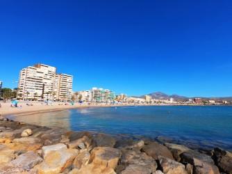 Playa Calle la Mar - Playa Calle la Mar - Panorámica de la playa desde uno de los espigones.