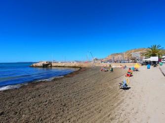 Playa de la Almadraba - Playa de la Almadraba - Zona más al oeste, donde se encuentra el Club Náutico Alicante Costa Blanca.