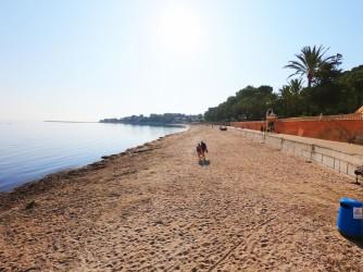 Playa Marineta Casiana - Playa Marineta Casiana - Zona de playa localizada más al sur. Con mucha longitud y ancho de arena.