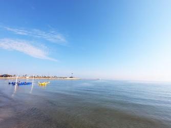 Playa Marineta Casiana - Playa Marineta Casiana - Aguas cristalinas y tranquilas por el buen tiempo y la protección del espigón.