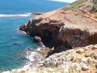 La Grotte Tallada - La Grotte Tallada - Sur une partie de la route près de la grotte.
