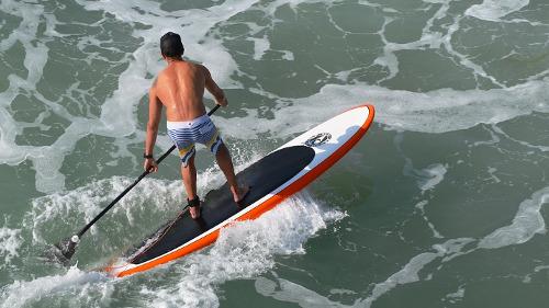 Alquiler material deportivo marino